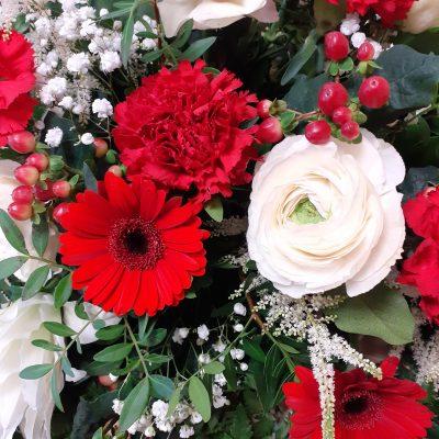fleurs gerbe piquée
